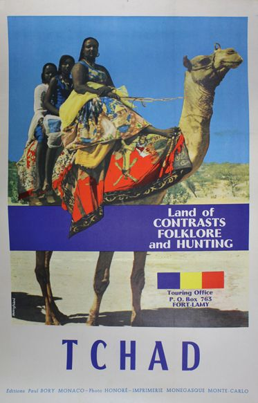 Tchad Land of contrats, Folklore and Hunting. Affiche representant trois femmes sur…