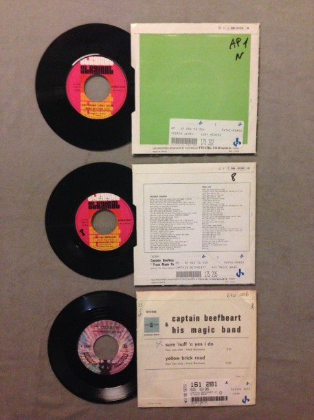 LOT de 3 disques 45 T de Captain Beefheart et musiciens affiliés : 45T Yester Jerry…