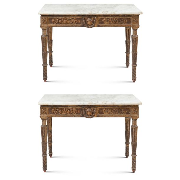 Pair of giltwood consoles Tuscany, late 18th century 86x114x56 cm. Gilded and ca…