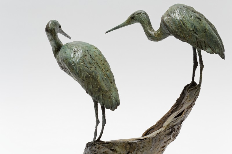 "T'SERSTEVENS Hervé ""Couple d'aigrettes"", 2006, groupe en bronze à patine vert antique,…"