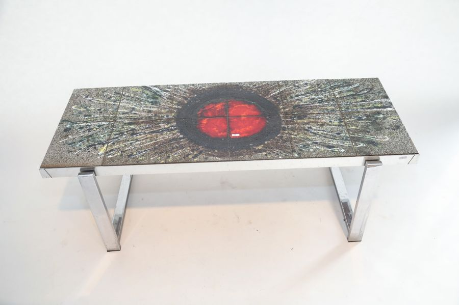 Table basse rectangulaire Vintage, circa 1960, structure en métal chromé, plateau…