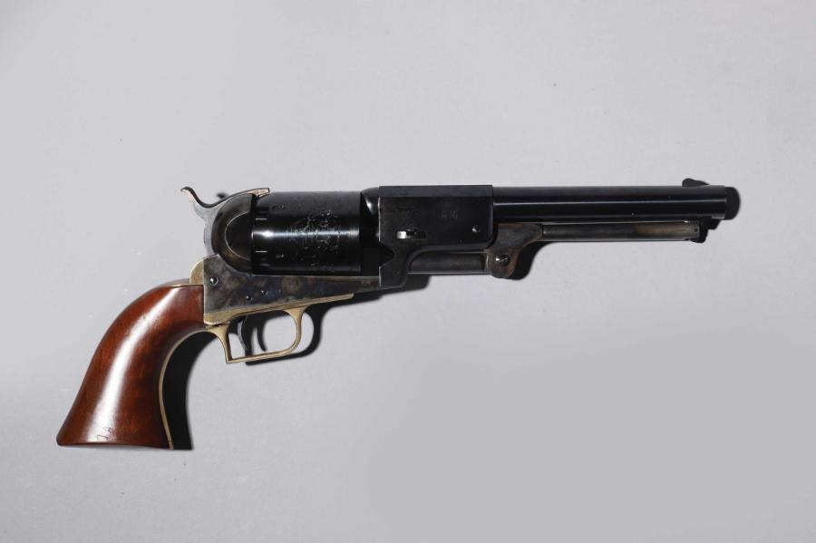 Revolver Remington Pattern, calibre 44. Reproduction d'un modèle 1858 pour le tir.…