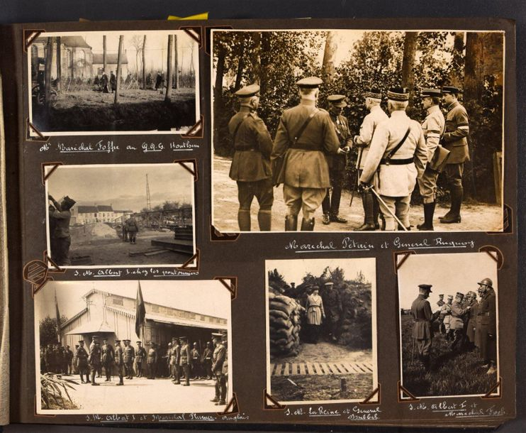 2 albums with 543 original photographs. Service photographique de l'armée belge …