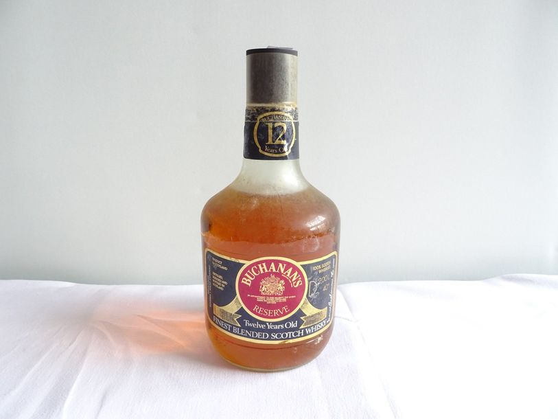 1 bouteille WHISKY BUCHANAN'S 2 litres