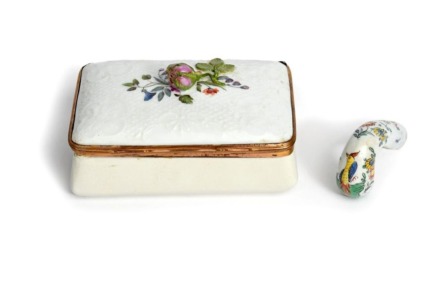 A German porcelain table snuff box late 18th/early 19th century, the lid painted…