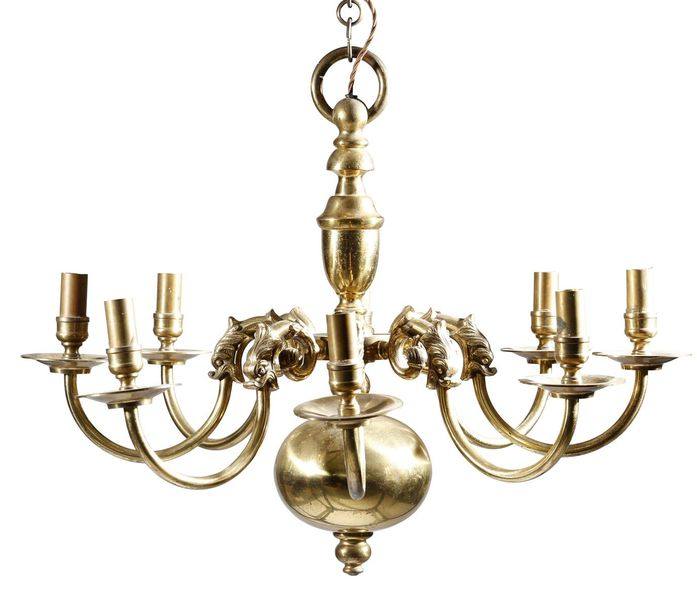 A PAIR OF DUTCH GILT BRASS EIGHT LIGHT CHANDELIERS IN 18TH CENTURY STYLE LATE 19…