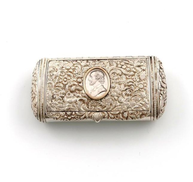 A George III silver snuff box, by Frederick Hentsche, London 1819, oblong oval s…