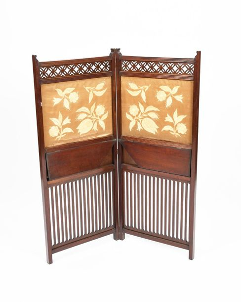 An Aesthetic Movement mahogany two fold screen, with pierced rails and two hinge…