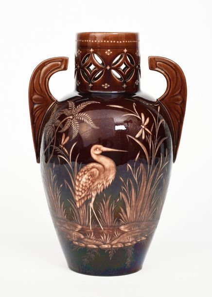 An Aesthetic Movement Wedgwood Vigornian vase, shouldered form with winged handl…
