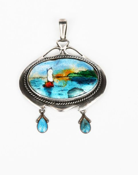 A silver and enamel pendant necklace in the manner of Fleetwood Charles Varley, …