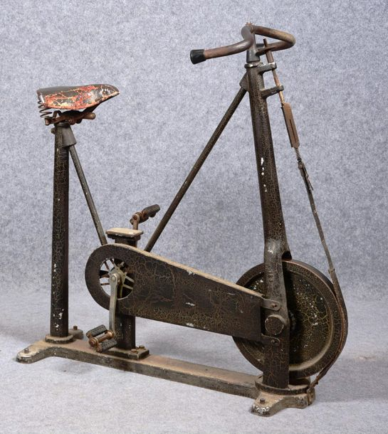 Rossel, Schwarz and Co. Wiesbaden, Germany, 1901 05.  Vélo d'exercice.  Acier, f…