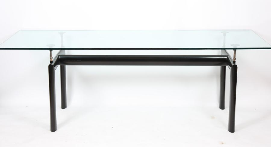 TABLE MODERNE LECORBUSIER EDITION CASSINA  Signée de Lecorbusier. Edition CASSINA…