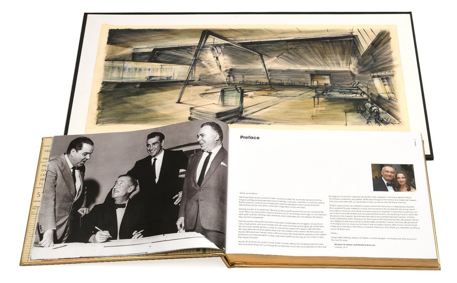"THE JAMES BOND ARCHIVES. Edité par Taschen. Exemplaire de tête de la série ""Golden…"
