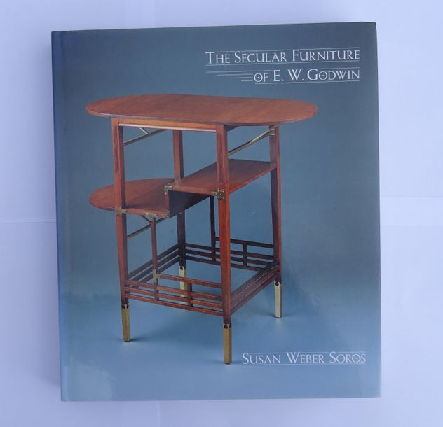 « The Secular Furniture of E. W Goodwin », [catalogue raisonné inclus à l'ouvrag…