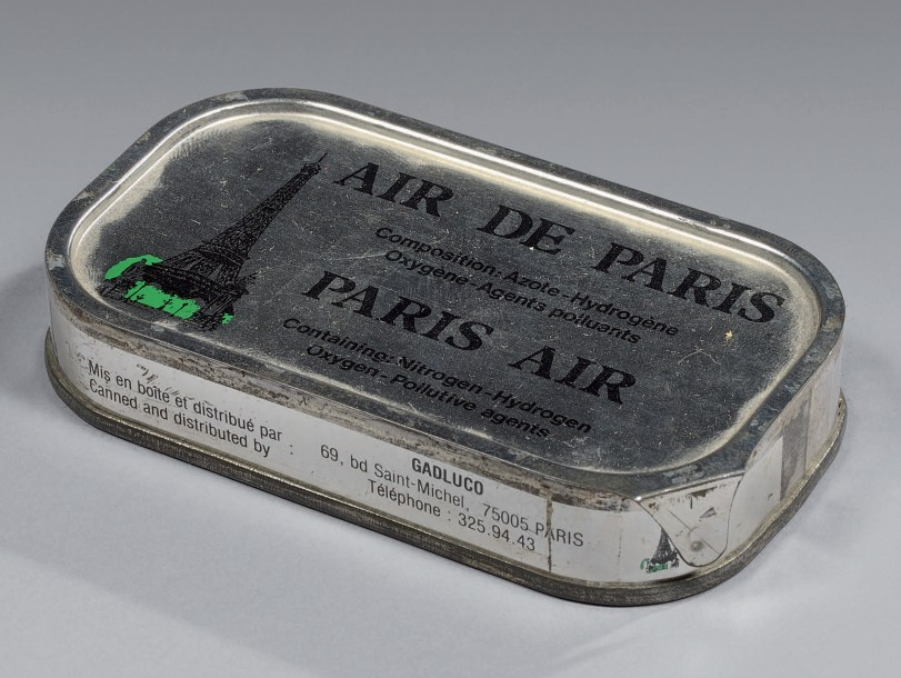 BOÎTE DE CONSERVE D'AIR DE PARIS PARIS AIR TIN CAN Fer blanc. Épousant la forme…