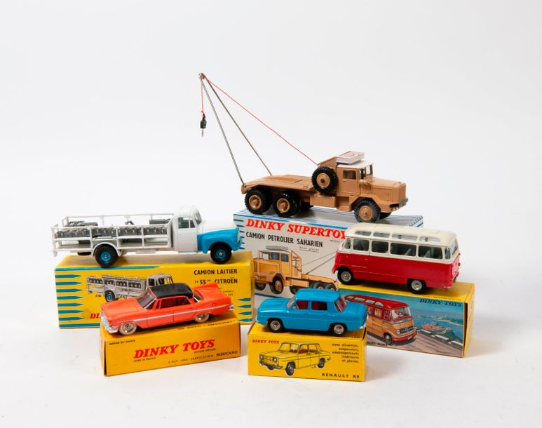 "DINKY TOYS FRANCE  Lot comprenant:   Camion laitier ""55"" CITROEN ref 586   DE SO…"