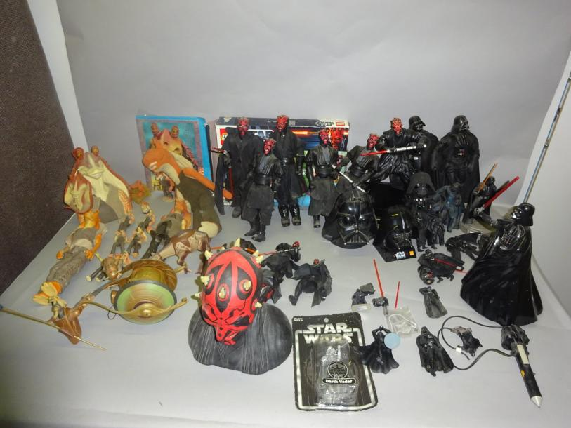 STAR WARS  Fort Lot de Darth Maul + Dark Vador + Jar Jar Binks.  1995 et +.  Etat…