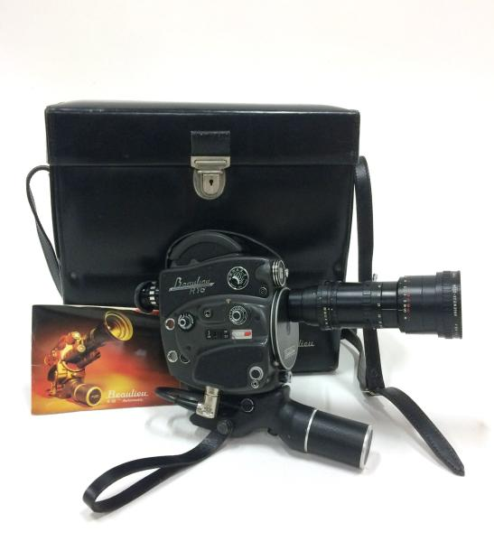 Caméra 16 mm Beaulieu R16 Automatic, objectif zoom Angenieux 9.5 57mm F1.6 2.2  …