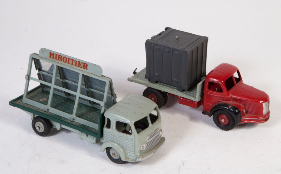 DTF Miroitier St GOBAIN SIMCA Cargo - camion BERLIET porte container