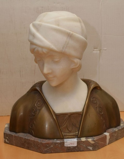 GORI Affortunato (act.1895-1925) Femme au turban Buste en bronze à patine médaille…