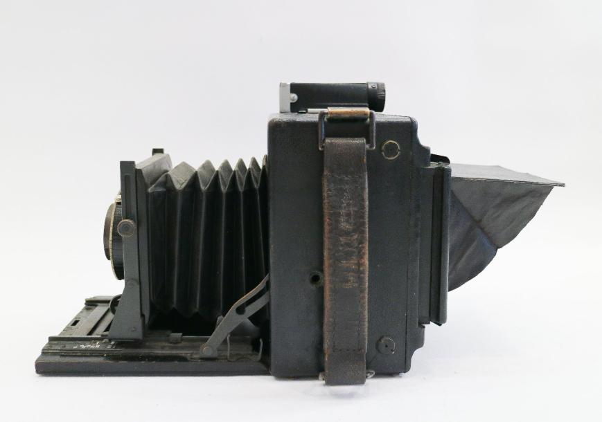 Graflex Speed Graphic. The Folmer Graflex Corporation, Rochester, NY, USA. Objectif…