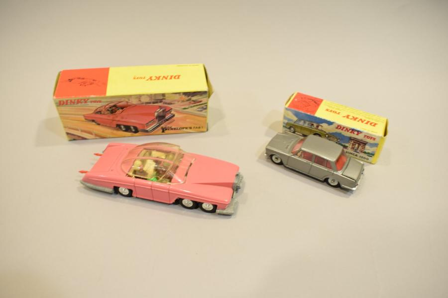 DTA - DTF : Lady Penelope's Fab 1 - 100 - SIMCA 1500 gris metal 523 (bo).