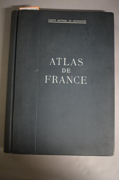 Comité national de géographie, atlas de France. Ensemble de 82 planches diverses…