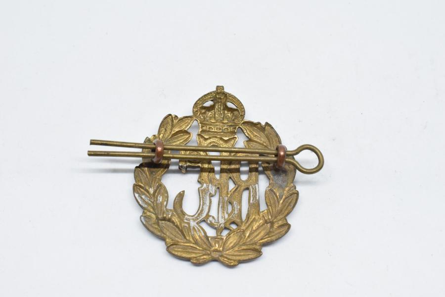 [ WW1] [ Royaume-Uni ] [ R.F.C.]  Insigne de coiffure du Royal Flying Corps, 1914-1918,…