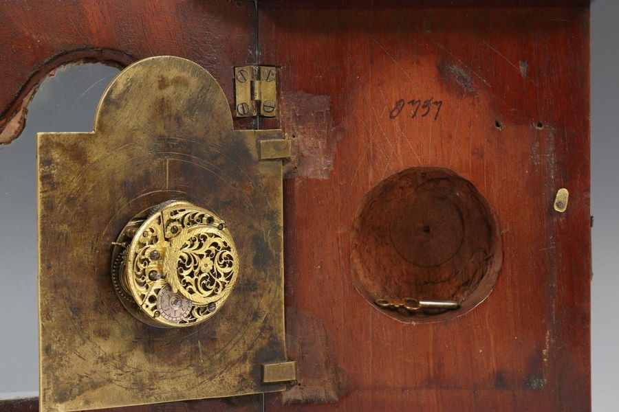 Engeland, kleine tafelklok, zgn. 'bedroom timepiece', ges. William Carter, South…
