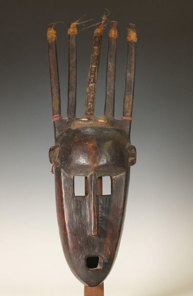 Mali, Bamana, ntomo mask, with five vertical horns, inlay with pasta, shells and…