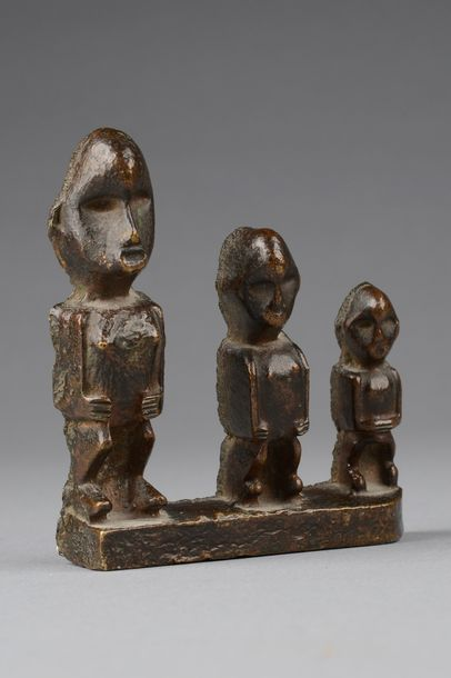 "D. R. Congo, Teke Rare figural metal sculpture ""buti""    copper alloy (bronze, b…"