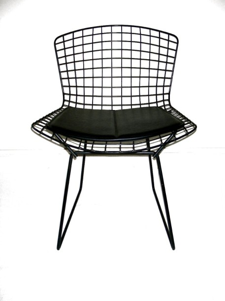 HARRY BERTOÏA (1915-1948) Designer & KNOLL INTERNATIONA Éditeur Suite de trois de…