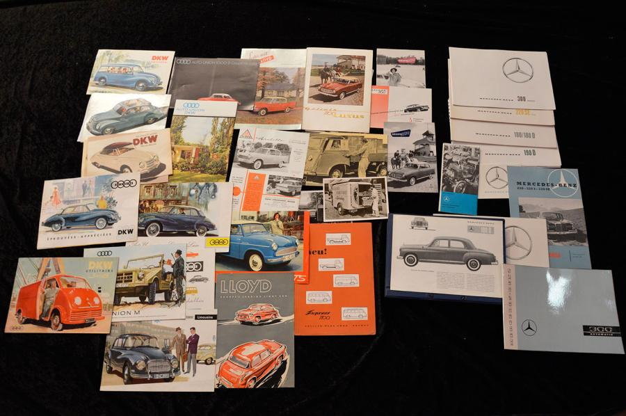 """Catalogues, marques Allemandes (DE): Auto-Union, D.K.W, GOLIATH, LLYOD et MERCEDES-BENZ…"