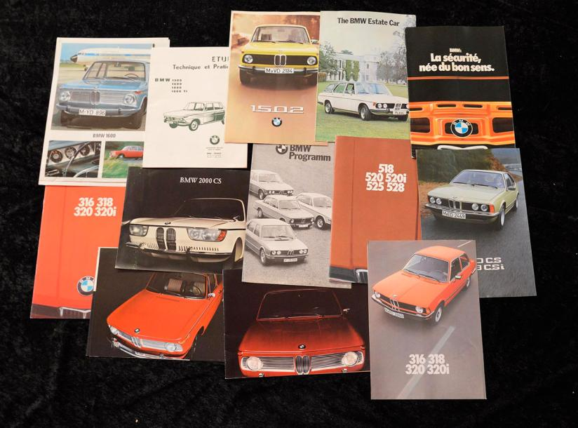 """Catalogues B.M.W de 1965 à 1980""  Fort lot de catalogues principalement en Allemand,…"