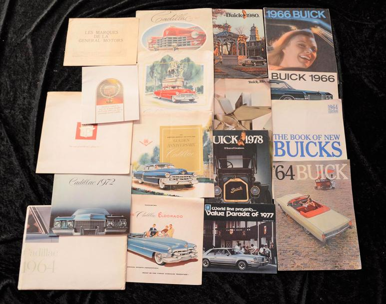 """Marques Américaines ""GENERAL MOTORS"" (U.S.A)-:Buick, Cadillac ""   Catalogues principalement…"