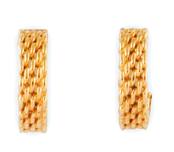 TIFFANY and Co PAIRE DE BOUCLES D'OREILLES en or jaune maille stylisant une demi...