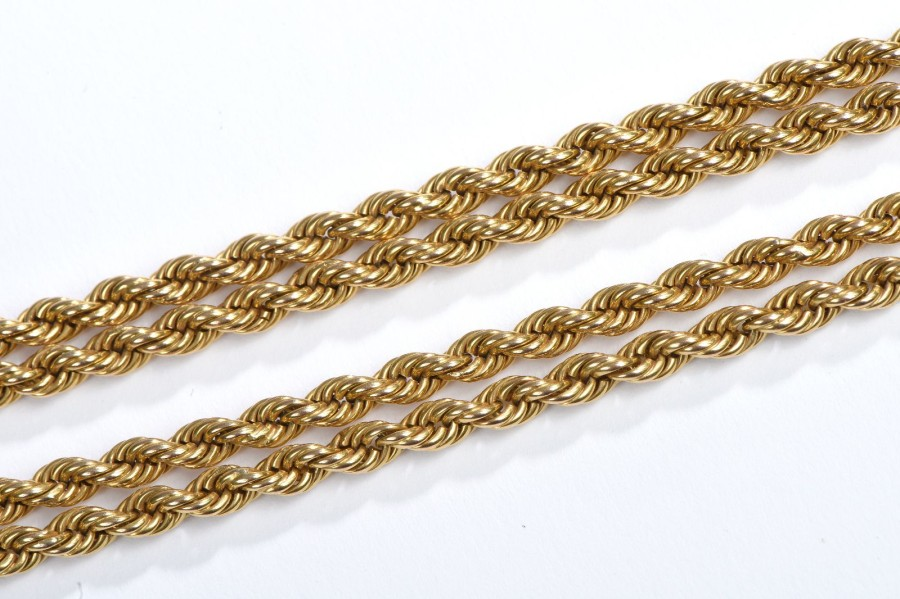 Grand collier en or jaune 18K à mailles corde. Long. : 78 cm - Poids : 65 g