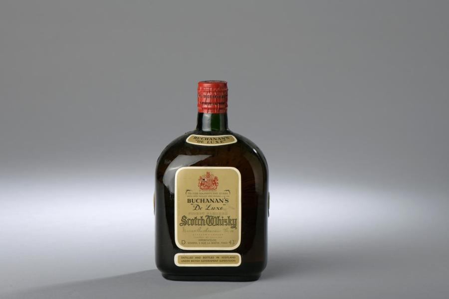"*1 bouteille SCOTCH WHISKY ""De Luxe"", Buchanan's."