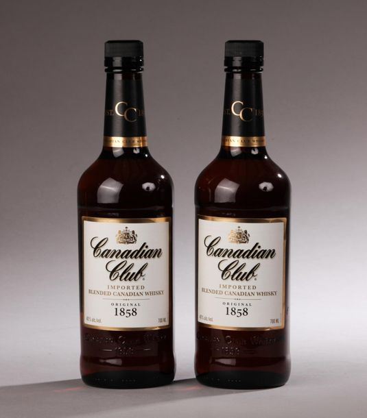 *2 bouteilles CANADIAN WHISKY Canadian Club