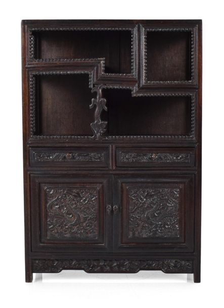 A SMALL HARDWOOD CABINET WITH DISPLAY SHELVES, China – 46 x 31 x 15 cm