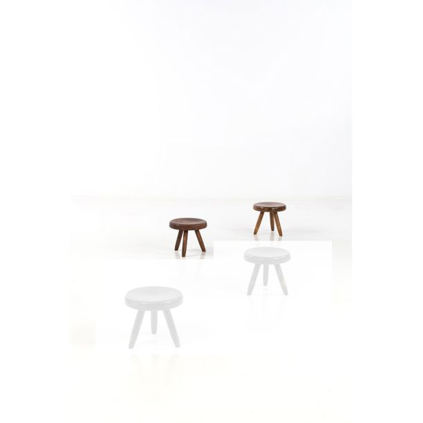 Charlotte Perriand (1903 1999)  Berger  Paire de tabourets  Frêne  Edition Steph…