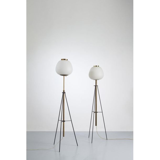 "Angelo Lelii (1915 1987)  Modèle n°12558 ""Giapponese tripode""  Lampadaire  Laito…"