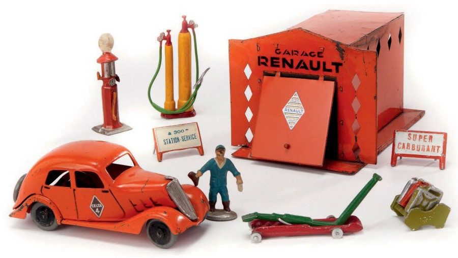 cij garage renault en m tal peint au pochoir avec celta 4 orange volant. Black Bedroom Furniture Sets. Home Design Ideas