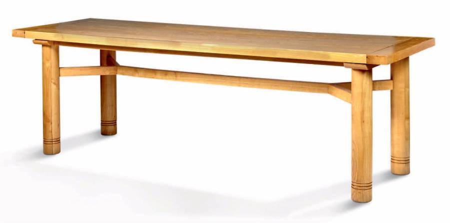 Charlotte perriand attribu table de salle manger en for Salle a manger en pin