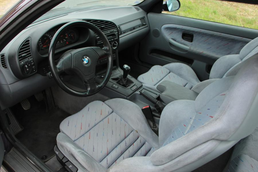1995 - BMW M3 E36 En 1986, l'apparition du «M» de BMW Motorsport sur la BMW E30 fit…