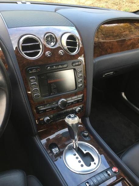 2008 - BENTLEY CONTINENTAL FLYING SPUR SPEED Au début des années 2000, Bentley est…