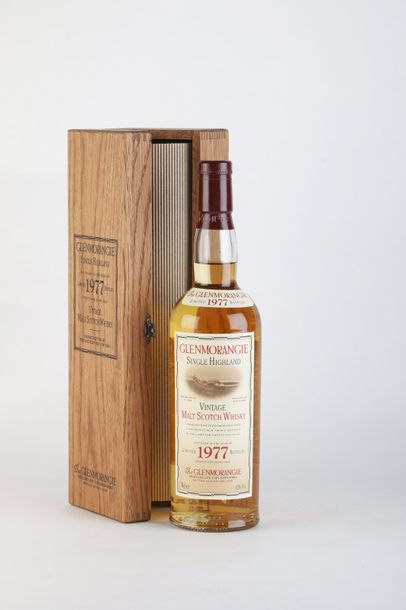 1 B WHISKY SINGLE HIGHLAND VINTAGE 70 Cl 43% (Caisse Bois) 1977 Glenmorangie