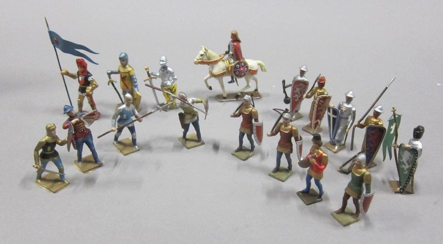 CBG Mignot Moyen age  Lot de Figurines de collection au 1/35e, en alliage de plo…