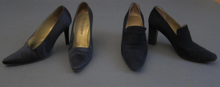 Yves SAINT-LAURENT  Lot composé d'une paire d'escarpin en satin noir, talon 10 cm,…