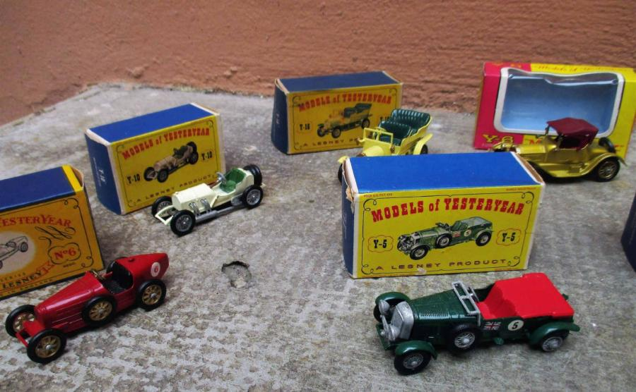 MATCHBOX - MODELS OF YESTERYEAR Made in England By Lesney. Ensemble de dix voitures…